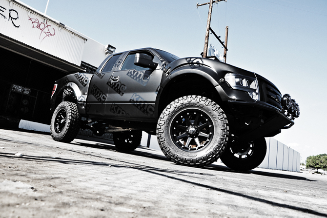 ford-f_150-with-xd-series-addict-wheels
